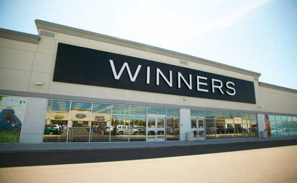 トロントで安く服を買うなら、アウトレット的存在の「WINNERS」で決まり!